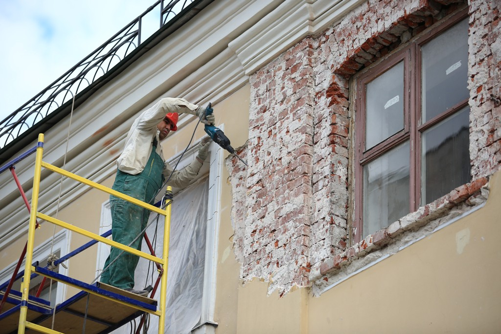Первые работы по капремонту в Москве стартуют в конце сентября